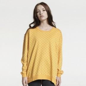 Nachhaltige Streetwear von A Question Of aus Dänemark