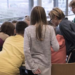 WÄCHST KLEIDUNG AUF BÄUMEN? DER FUTURE FASHION WORKSHOP AN DER SCHÜLERUNI DER FU BERLIN